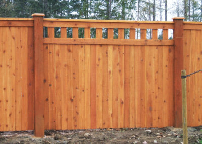 Cedar Privacy Deco Top Fence