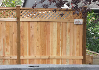 Cedar Privacy Lattice Top Fence