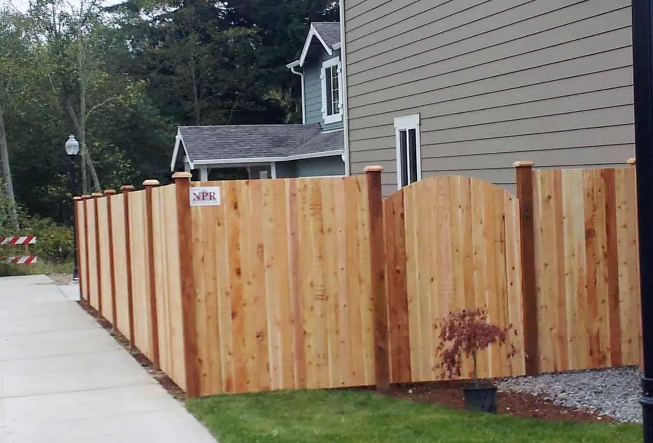 popular choice wooden fence solid wooden fencing npr. Black Bedroom Furniture Sets. Home Design Ideas