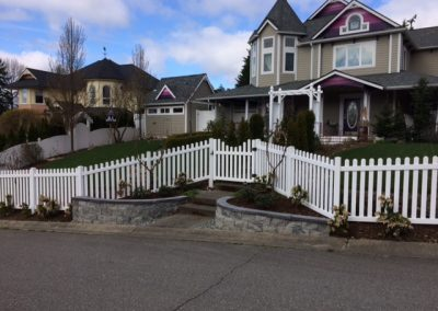 3' tall Classic picket fence, white