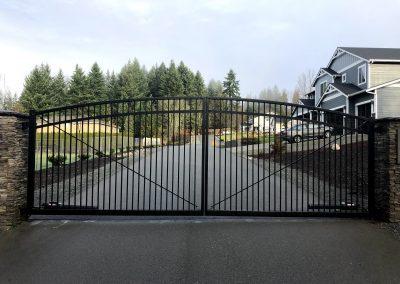 28' x 6' x 7' x 6' arch top automatic gate