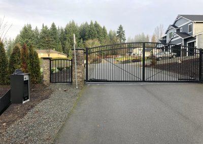 28' x 6' x 7' x 6' DD 3 rail arch top automatic gate